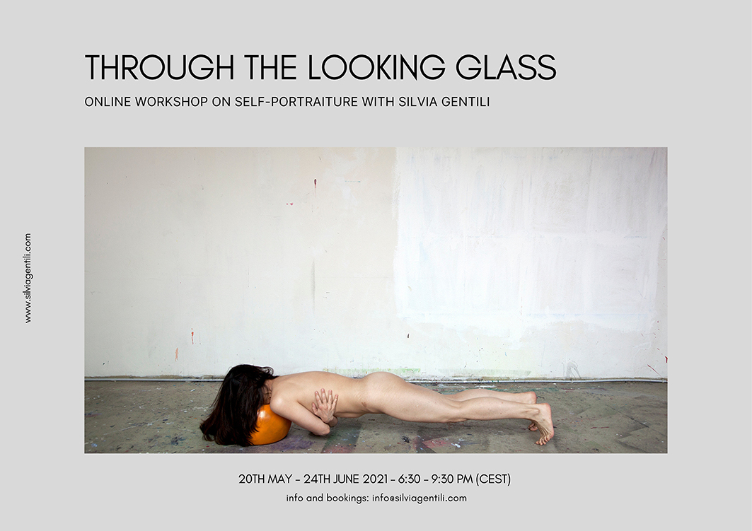 Through the Looking Glass – Workshop online sull'autoscatto